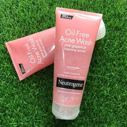 Sữa rửa mặt trị mụn Neutrogena Oil-Free Acne Wash Pink Grapefruit Foaming Scrub