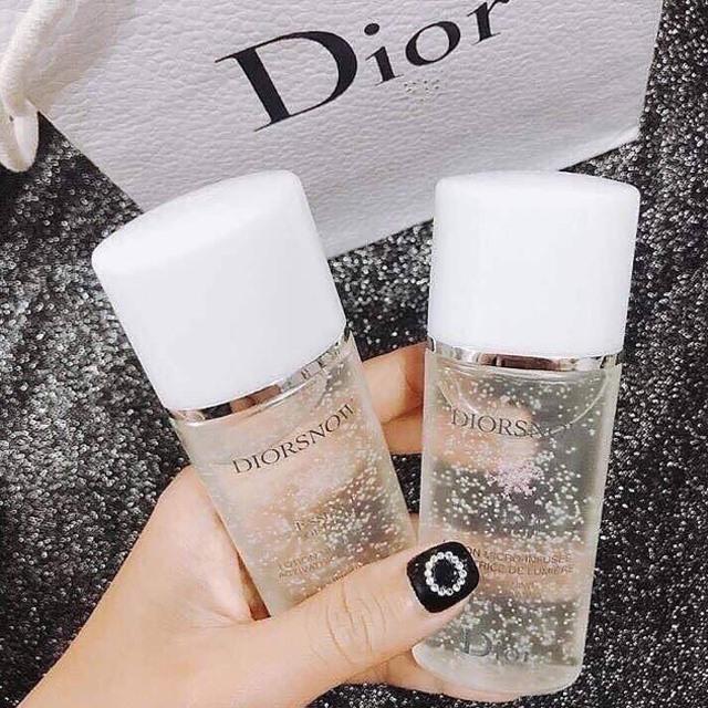 Nước Thần Dưỡng Da Dior Essence Of Light