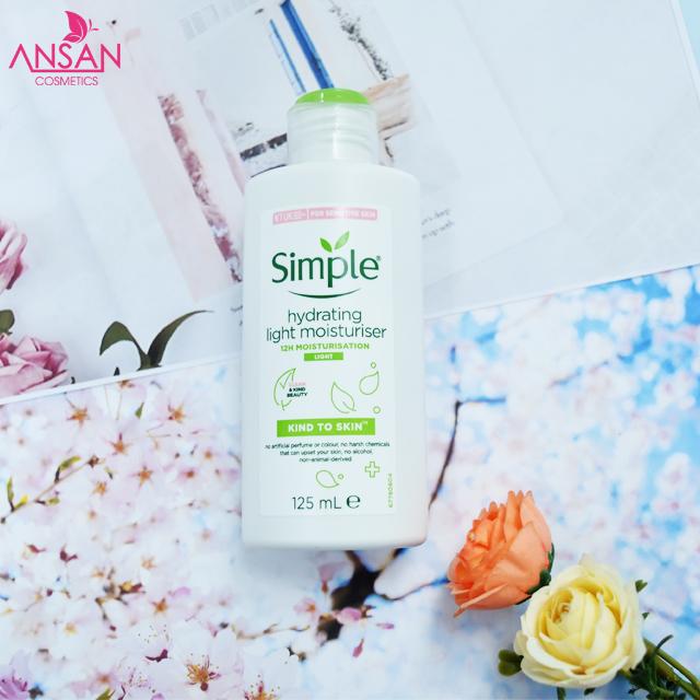 Kem dưỡng ẩm Simple Kind To Skin Hydrating Light Moisturiser