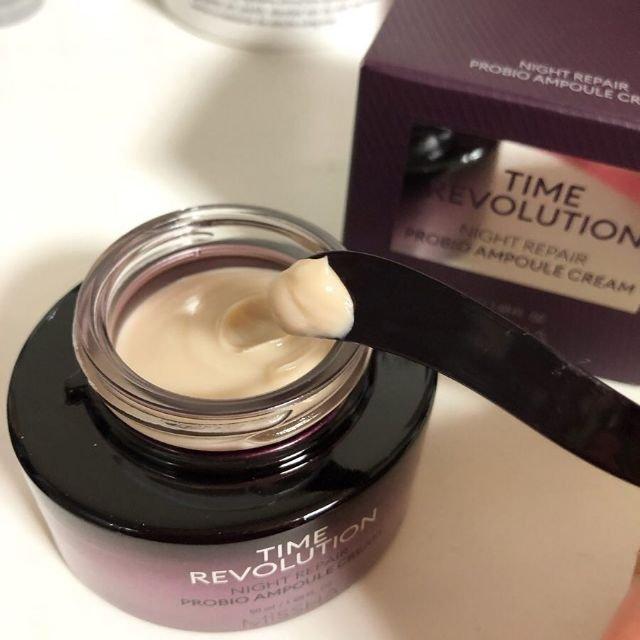 Kem dưỡng Time Revolution Night Repair Probio Ampoule Cream